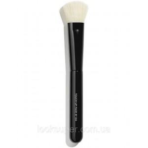 Кисть для зонирования лица CHANEL N°104 Touch-up face brush